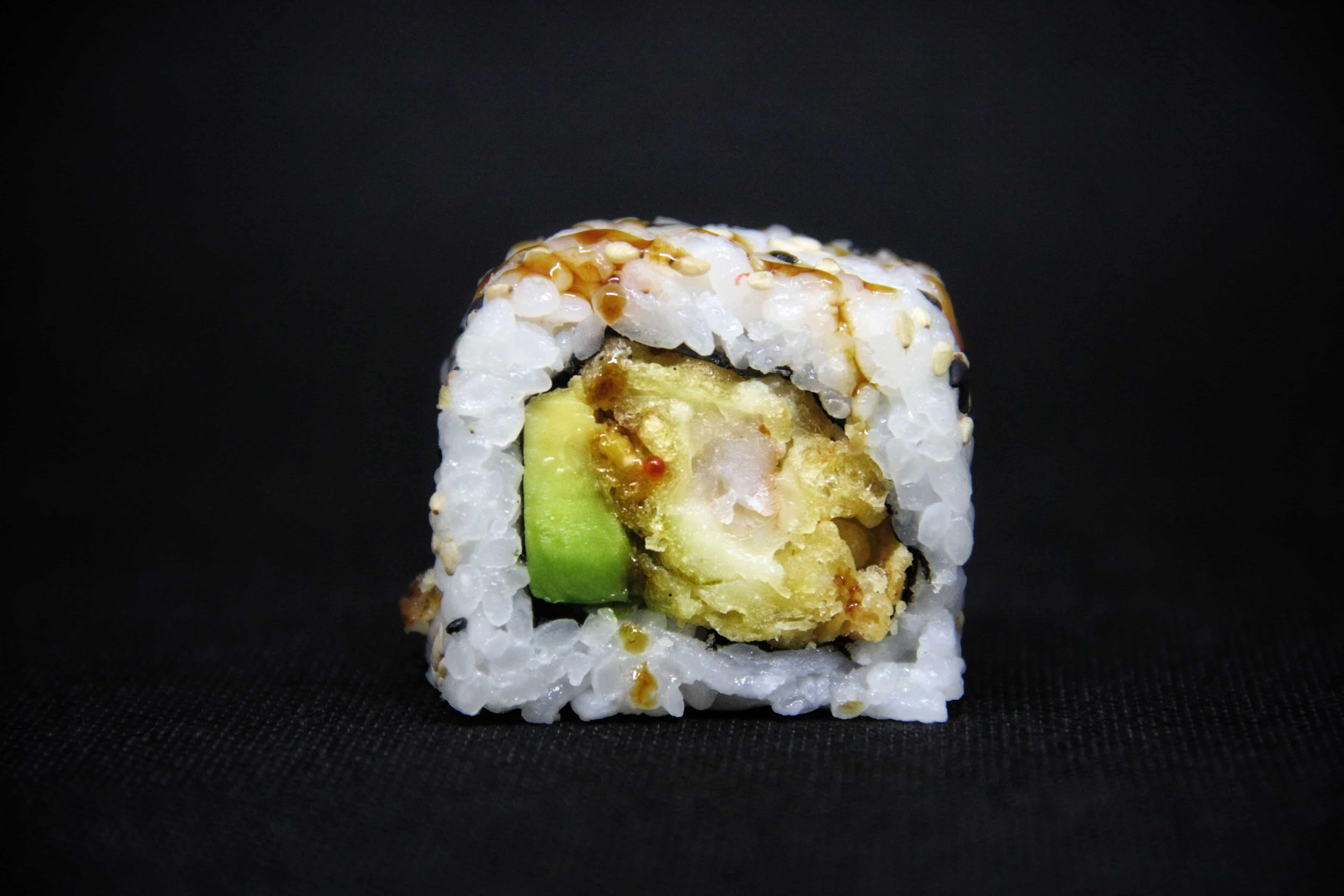 Ricetta Sushi In Tempura.Uramaki Ebi Tempura Sushi In The Box